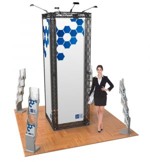 Messestand Traverse S2 Form - live