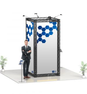 Messestand Traverse S6 Form - live