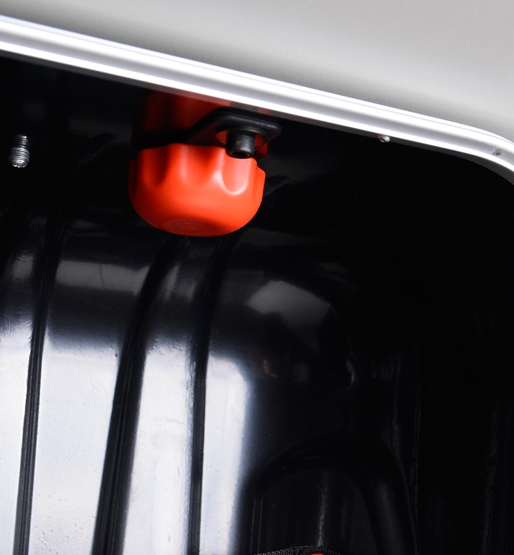Koffertheke - Befestigung Thekenplatte